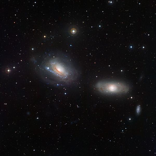 Dos galaxias que están acercándose e interactuando gravitacionalmente.