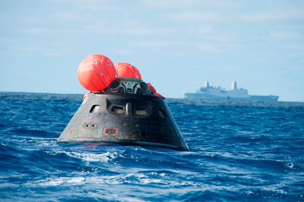 EFT-1_Orion_recovery.5