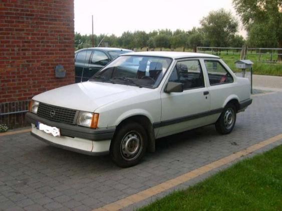 1984-opel-corsa-pic-14574-640x480