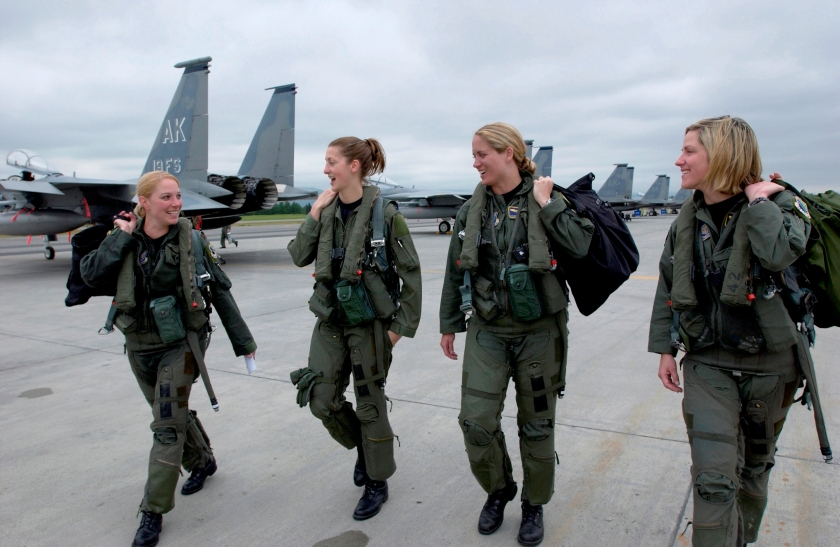 F-15_Eagle_female_pilots,_3rd_Wing