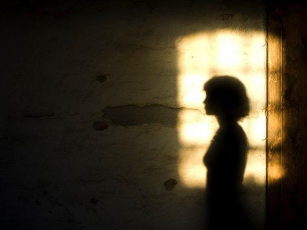 woman-shadow